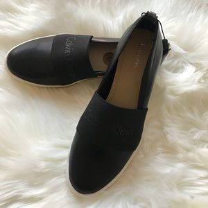 [Calvin Klein] Mora Black Leather SlipOn Sneakers